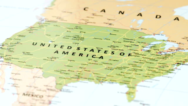 north america u.s.a. on world map - cultura americana video stock e b–roll