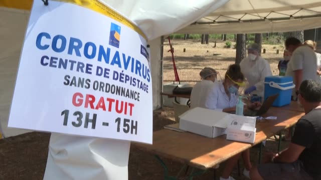 once out of the train at arcachon station, or before diving into the ocean: in the gironde, holidaymakers are offered free covid-19 testing in... - arcachon stock videos & royalty-free footage