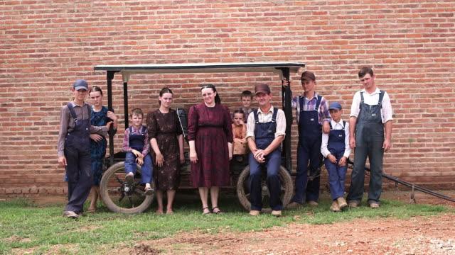 MS One family of the Manitoba Community taking a picture / Manitoba Community, Close to Santa Cruz de la Sierra, Bolivia