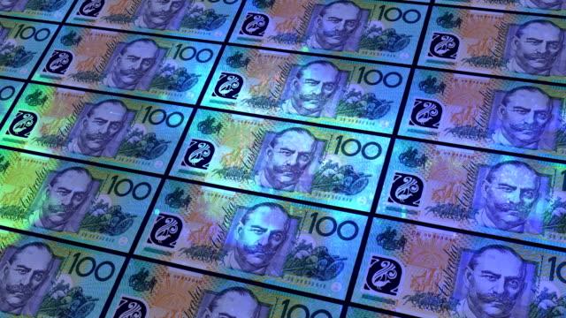 vidéos et rushes de note de cent dollar australien - avidité