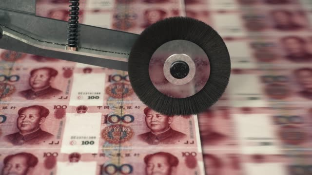 vídeos de stock e filmes b-roll de one hundred chinese yuan banknotes printing - economy