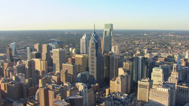ws aerial one liberty plaza buildings and downtown / philadelphia, pennsylvania, united states - philadelphia pennsylvania video stock e b–roll