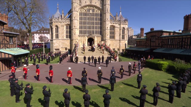 one minute silence being observed outside st george's chapel, including prince charles, at the funeral of prince philip, duke of edinburgh - place of worship stock videos & royalty-free footage