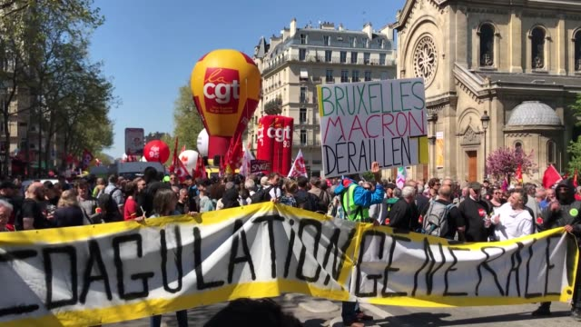 one of france's main unions is on thursday initiating mass marches across the country on top of strikes already ongoing in several sectors to protest... - fackförbund bildbanksvideor och videomaterial från bakom kulisserna