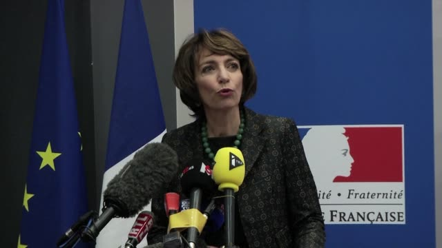 one person has been left brain dead and three others face irreversible brain damage after taking part in a drugs trial in france health minister... - brain damage stock videos & royalty-free footage