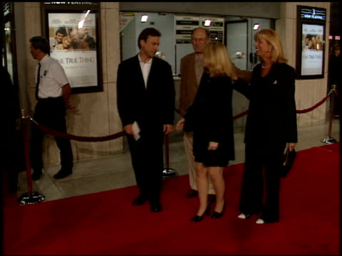 one true thing premiere at the 'one true thing' premiere at cineplex odeon in century city california on september 16 1998 - odeon kinos stock-videos und b-roll-filmmaterial