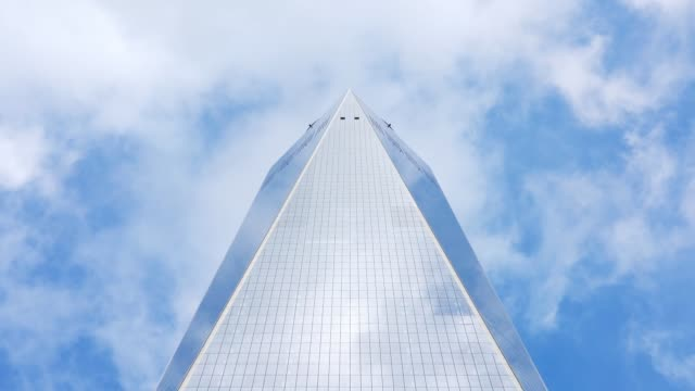one world trade center cloud time lapse - one world trade center stock videos & royalty-free footage