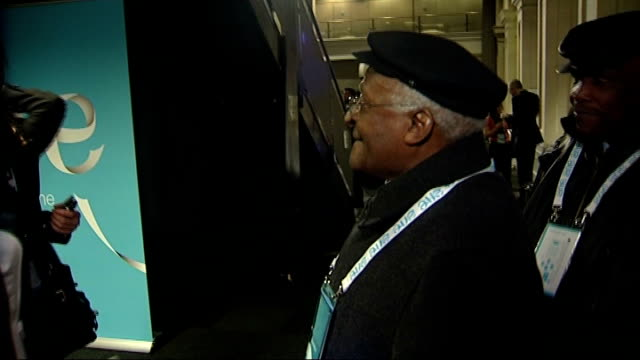 one young world summit opens in london england london int archbishop desmond tutu arriving at the one young world youth summit / sir bob geldof... - ballettröckchen stock-videos und b-roll-filmmaterial