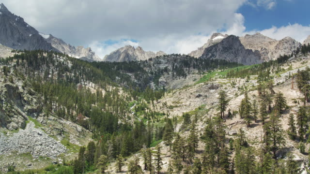 onion valley in the california sierra nevada - aerial view - wilderness area stock videos & royalty-free footage