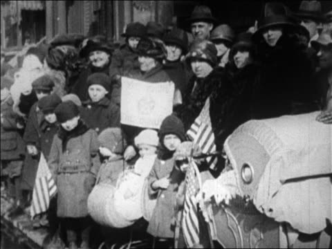 b/w 1923 onlookers watching world war i veterans marching in bonus march / brooklyn ny / newsreel - 1923 stock videos & royalty-free footage