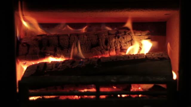 open fire - open fire stock videos & royalty-free footage