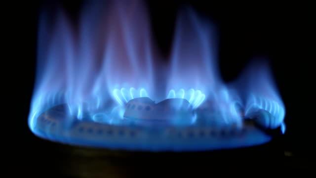 調理用オープンガスストーブ - ガスコンロ点の映像素材/bロール