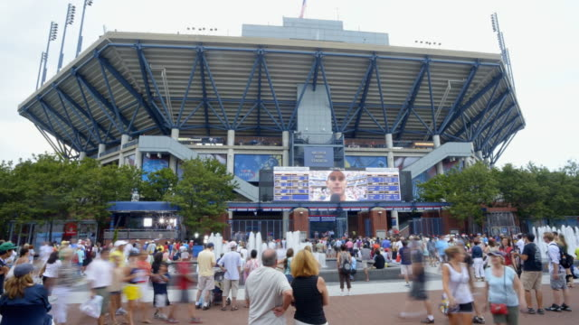ws t/l us open tennis stadium and people walking around / flushing, new york, united states - scoring stock videos and b-roll footage