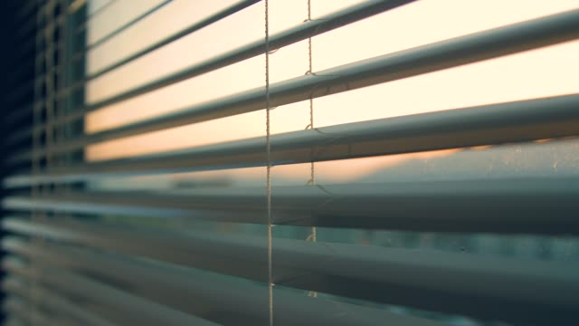open window blinds in the morning - tapparella video stock e b–roll