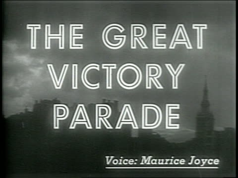vídeos de stock e filmes b-roll de opening newscast for the london great victory parade / camera pans over historic landmarks while patriotic music plays - 1946
