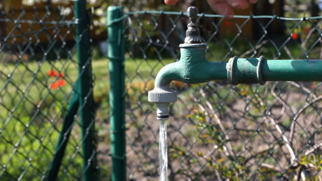 Opening water valve