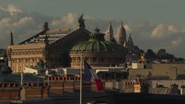 vídeos y material grabado en eventos de stock de opera garnier - basílica del sagrado corazón de montmartre