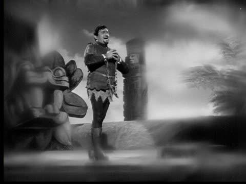 opera singer jan peerce performing on stage/ usa - menschliche gliedmaßen stock-videos und b-roll-filmmaterial