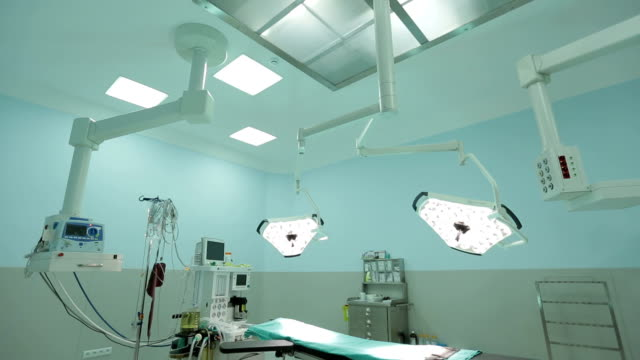 operating room - operating theatre stock videos & royalty-free footage