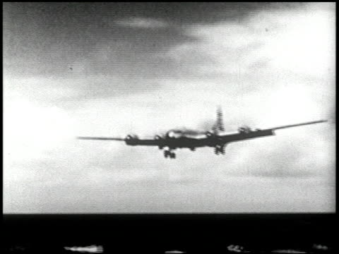 vídeos de stock e filmes b-roll de able and baker day tests bikini atoll summer 1946 13 of 25 - veja outros clipes desta filmagem 2240