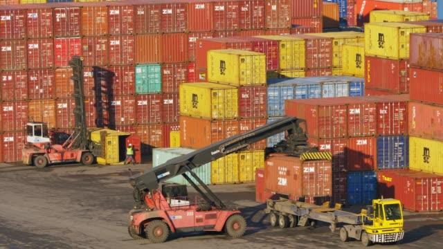 stockvideo's en b-roll-footage met operations at odessa sea port in odessa, ukraine - bouwmachines