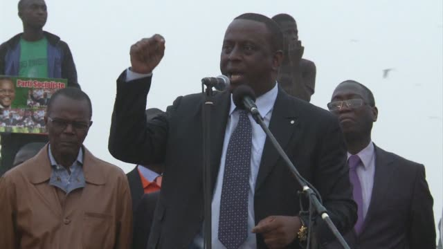 vídeos de stock, filmes e b-roll de opposition candidate in senegal's february 26 presidential election cheikh tidiane gadio called on monday for the creation of a 'national... - senegal