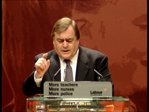 opposition to iraq war continues; itn scotland: glasgow: secc deputy prime minister john prescott mp along from seat to podium for speech john... - weapons of mass destruction stock videos & royalty-free footage