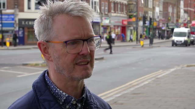 Opposition to proposed River Thames tunnel between Greenwich and Silvertown London EXT Robert Gordon set up shots with reporter / interview SOT...