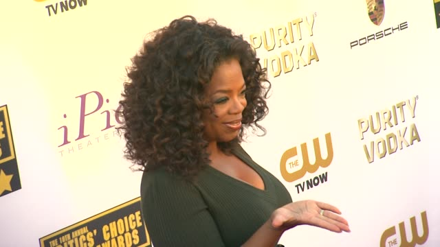 oprah winfrey at 19th annual critics' choice movie awards - arrivals at the barker hanger on in santa monica, california. - critics' choice movie awards stock videos & royalty-free footage