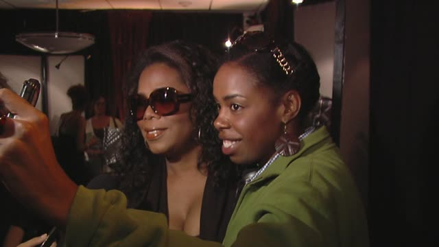 oprah winfrey at the bertolli at the presenters gift lounge celebrating the primetime emmy awards hosted by aeg ehrlich ventures at los angeles ca. - gift lounge stock videos & royalty-free footage