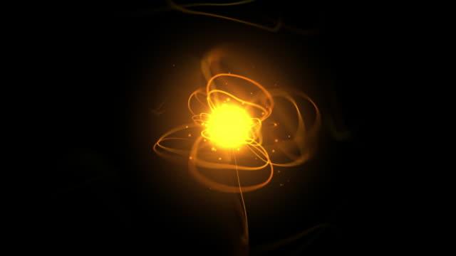 vídeos de stock e filmes b-roll de bola de energia laranja - bola de plasma