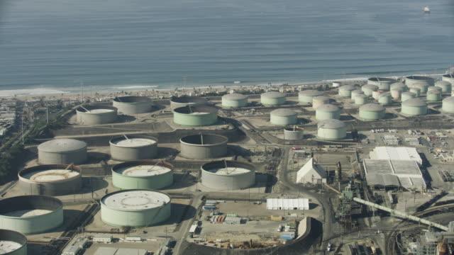 orbital shot of the chevron el segundo refinery - pipeline stock videos and b-roll footage