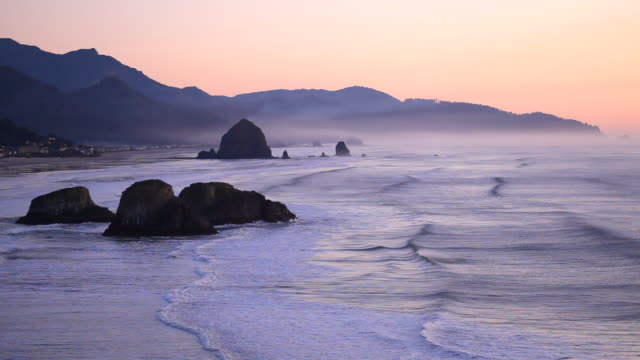 stockvideo's en b-roll-footage met hd oregon coast sunset - oregon coast