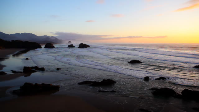 hd oregon coast sunset - oregon coast stock videos & royalty-free footage