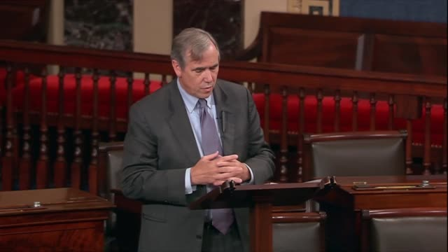 oregon senator jeff merkley objects to montana senator steven daines request for unanimous consent that an ice resolution be agreed to, reasoning... - request stock videos & royalty-free footage