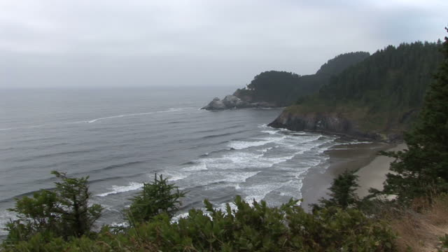 oregonview of oregon coast in oregon pacific northwest united states - heceta head stock videos & royalty-free footage
