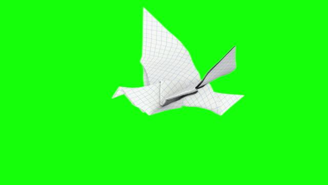 vidéos et rushes de origami dave tours - objet en papier