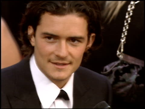 stockvideo's en b-roll-footage met orlando bloom at the 2005 academy awards at the kodak theatre in hollywood, california on february 27, 2005. - 77e jaarlijkse academy awards