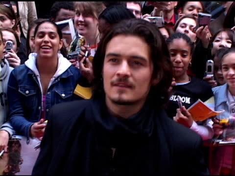 orlando bloom at the 'kingdom of heaven' new york city premiere on may 4 2005 - orlando bloom stock videos & royalty-free footage