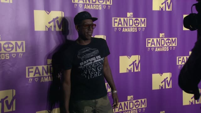 orlando jones at comiccon international 2015 mtv fandom awards on july 09 2015 in san diego california - mtv1 stock-videos und b-roll-filmmaterial