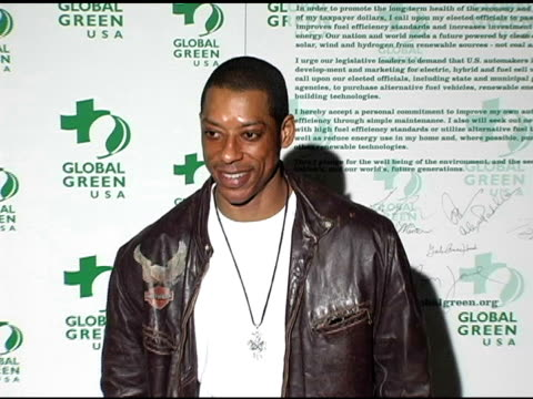 orlando jones at the clean energy solutions, music at 'rock the earth' with hollywood stars joining global green at day after club in hollywood,... - orlando jones stock videos & royalty-free footage