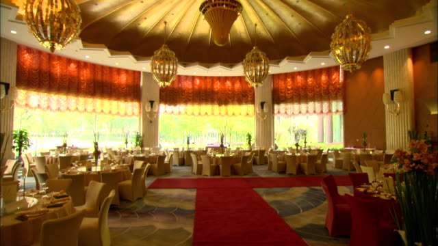ws tu ornate ballroom or restaurant at skyway landis hotel, shanghai, china - ballroom stock videos & royalty-free footage