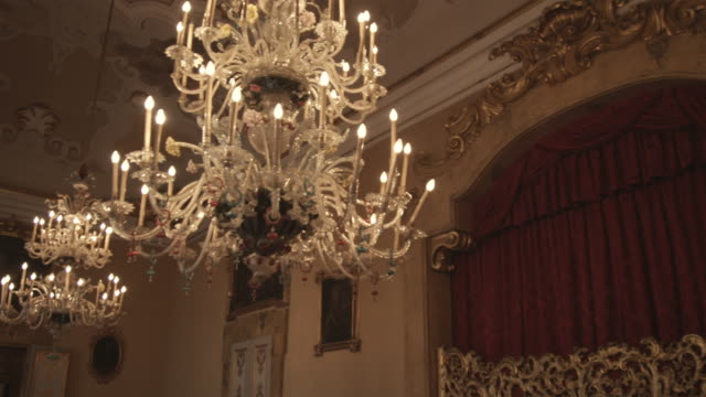 MS TD Ornate room with chandelier / Bologna, Italy