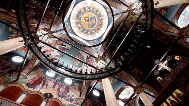 vídeos de stock e filmes b-roll de catedral ortodoxa interior - cristo redentor