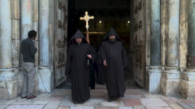 orthodox christians in jerusalem celebrate easter sunday during a crowdless ceremony at the church of the holy sepulchre, amid lockdown due to the... - jerusalem stock videos & royalty-free footage