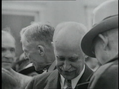 vídeos de stock, filmes e b-roll de orville wright walking with henry ford / united states - orville wright