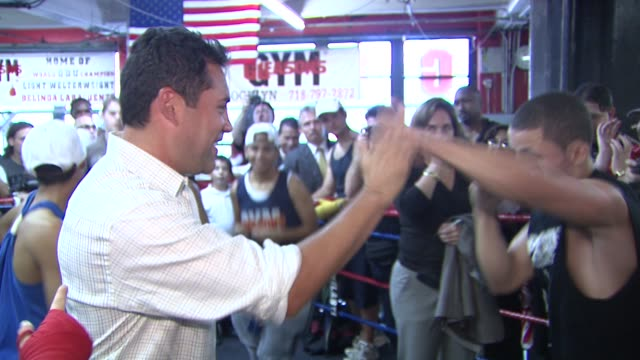 oscar de la hoya and participant at the oscar de la hoya leads boxing clinic for teenage boxers of usa boxing metro at new york ny - participant stock videos and b-roll footage