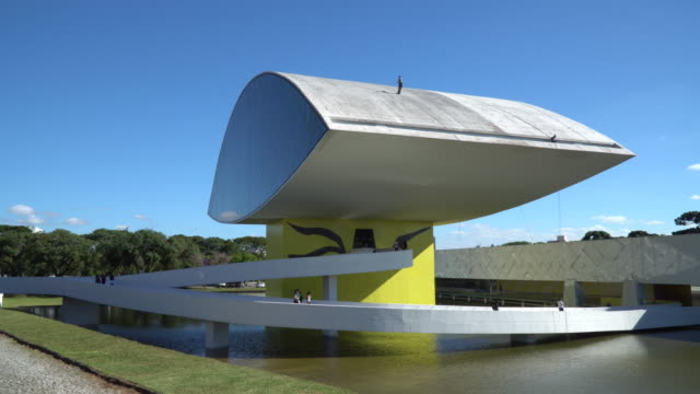 oscar niemeyer museum, museum of the eye, muse, paraná, brazil - art museum stock videos & royalty-free footage