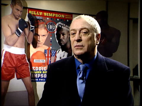 oscar nominations; itn michael caine interviewed sot - i got my dialogue coach before accepting the script - 俳優 マイケル・ケイン点の映像素材/bロール