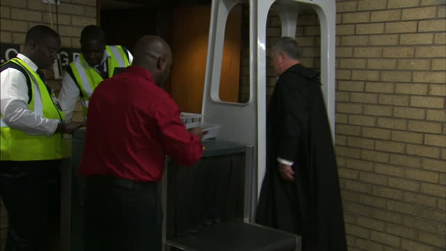 oscar pistorius back in court for sentencing shows interior shots barry roux walking through court house on october 16 2014 in pretoria south africa - ピストリウス恋人射殺事件点の映像素材/bロール